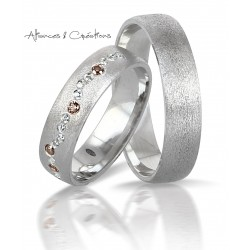 Bague or Blanc givrée 18 carats pour homme mariage Annecy Geneve Chambery